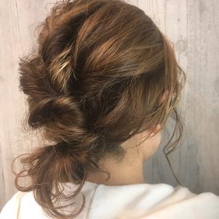 ナチュラル デート ヘアアレンジ ミディアム ヘアスタイルや髪型の写真・画像