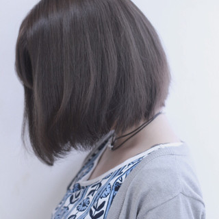 ボブ ダブルカラー 暗髪 外国人風 ヘアスタイルや髪型の写真・画像