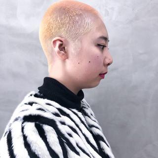 ホワイトブリーチ オシャレ坊主 ベリーショート ダブルカラー ヘアスタイルや髪型の写真・画像 ヘアスタイルや髪型の写真・画像