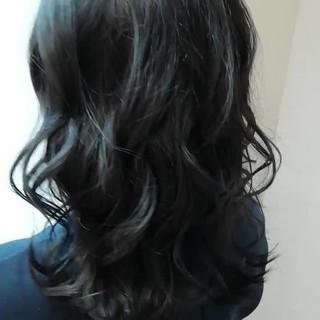 愛され 外国人風 セミロング 大人かわいい ヘアスタイルや髪型の写真・画像 ヘアスタイルや髪型の写真・画像