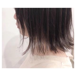 グレージュ 透明感 ボブ 切りっぱなし ヘアスタイルや髪型の写真・画像