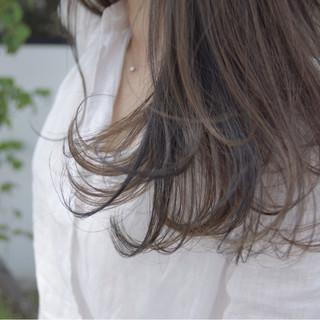 エレガント 透明感 ウェーブ ローライト ヘアスタイルや髪型の写真・画像