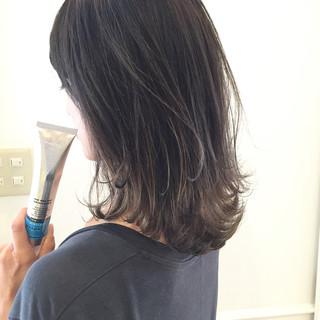ストリート ハイライト グレージュ アッシュ ヘアスタイルや髪型の写真・画像