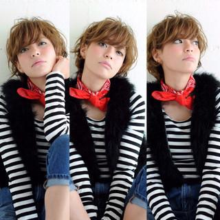 ハイライト ショート 大人かわいい 外国人風 ヘアスタイルや髪型の写真・画像