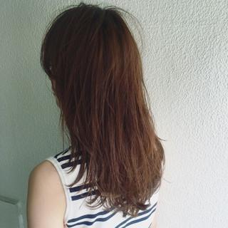 シースルーバング ナチュラル 外国人風 ラベンダーアッシュ ヘアスタイルや髪型の写真・画像