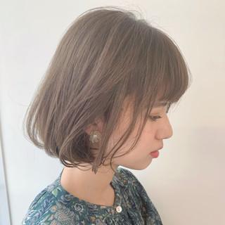 ワンカール アンニュイほつれヘア 耳かけ ミルクティーベージュ ヘアスタイルや髪型の写真・画像