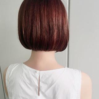 透明感 オフィス フェミニン レッド ヘアスタイルや髪型の写真・画像