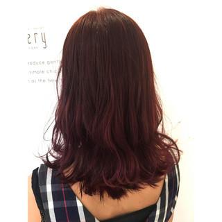 リラックス セミロング 女子会 ストリート ヘアスタイルや髪型の写真・画像