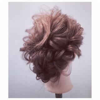 ゆるふわ パーティ フェミニン ナチュラル ヘアスタイルや髪型の写真・画像 ヘアスタイルや髪型の写真・画像