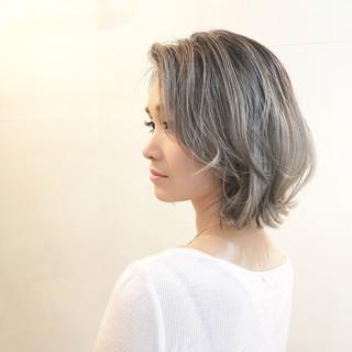 バレイヤージュ ナチュラル 色気 グラデーションカラー ヘアスタイルや髪型の写真・画像 ヘアスタイルや髪型の写真・画像