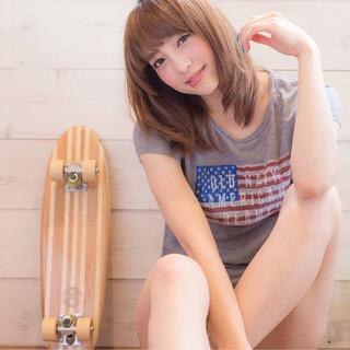 大人かわいい ミディアム 外国人風 ブラウン ヘアスタイルや髪型の写真・画像
