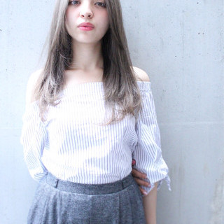 大人かわいい ハイライト 外国人風 ナチュラル ヘアスタイルや髪型の写真・画像