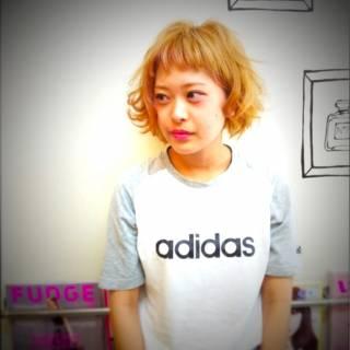 イエロー ナチュラル 黒髪 オレンジ ヘアスタイルや髪型の写真・画像