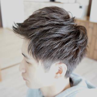 アップバング メンズパーマ メンズ ストリート ヘアスタイルや髪型の写真・画像