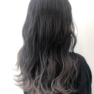 パーマ ガーリー グレージュ アッシュ ヘアスタイルや髪型の写真・画像 ヘアスタイルや髪型の写真・画像
