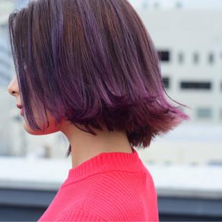 ストリート パープル 切りっぱなし グラデーションカラー ヘアスタイルや髪型の写真・画像