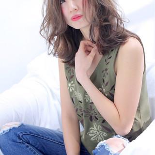 セミロング 小顔 大人かわいい 大人女子 ヘアスタイルや髪型の写真・画像