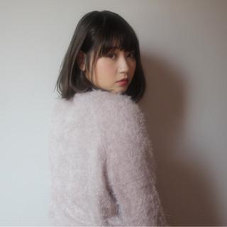 小顔 暗髪 透明感 フェミニン ヘアスタイルや髪型の写真・画像