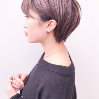 ショート イルミナカラー デート 丸みショート ヘアスタイルや髪型の写真・画像