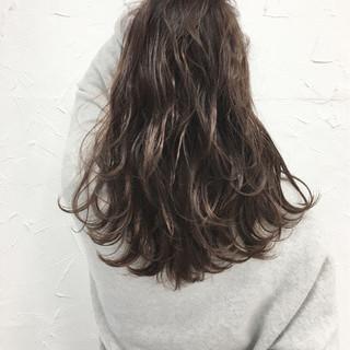 セミロング 外国人風 ミルクティー 大人かわいい ヘアスタイルや髪型の写真・画像