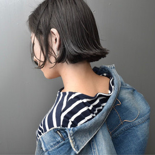 切りっぱなし 黒髪 ナチュラル 外国人風カラー ヘアスタイルや髪型の写真・画像