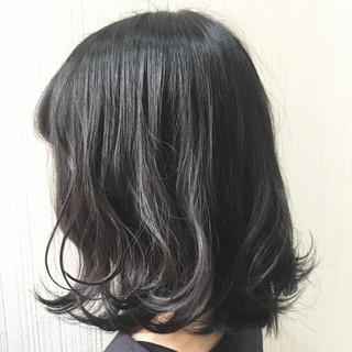 ミディアム デート 女子力 ウェーブ ヘアスタイルや髪型の写真・画像