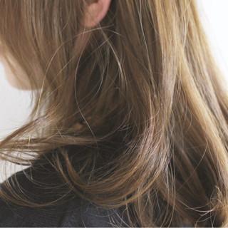 透明感 アッシュ 外国人風カラー ロング ヘアスタイルや髪型の写真・画像
