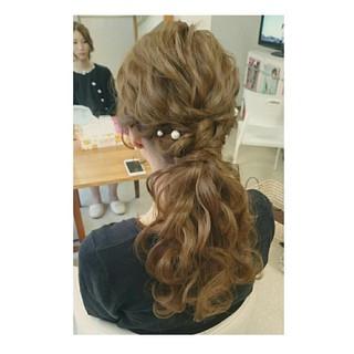 ロング ポニーテール ヘアアレンジ ルーズ ヘアスタイルや髪型の写真・画像