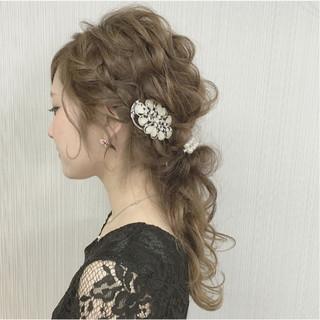 大人かわいい 結婚式 ヘアアレンジ ガーリー ヘアスタイルや髪型の写真・画像