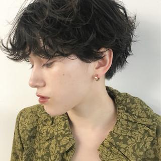 ナチュラル 簡単 くせ毛風 パーマ ヘアスタイルや髪型の写真・画像