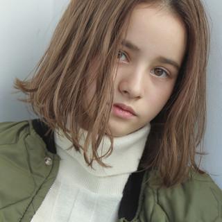 ベージュ ボブ ナチュラル ピュア ヘアスタイルや髪型の写真・画像