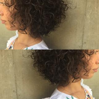 パーマ ヘアアレンジ ニュアンス アッシュ ヘアスタイルや髪型の写真・画像