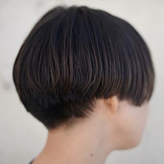 ボブ 切りっぱなし ストリート 黒髪 ヘアスタイルや髪型の写真・画像