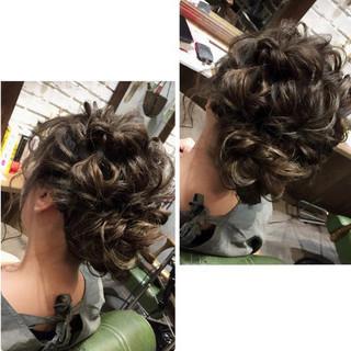 フェミニン アンニュイほつれヘア ミディアム ヘアアレンジ ヘアスタイルや髪型の写真・画像 ヘアスタイルや髪型の写真・画像