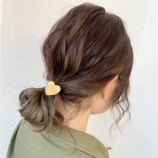 アンニュイほつれヘア ポニーテールアレンジ 大人可愛い 簡単ヘアアレンジ ヘアスタイルや髪型の写真・画像 | Kaoru_ishiga / RadiaL HAIR DESIGN