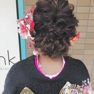 ヘアアレンジ セミロング 成人式 ガーリー ヘアスタイルや髪型の写真・画像