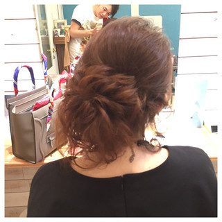 ねじり ヘアアレンジ 編み込み アップスタイル ヘアスタイルや髪型の写真・画像