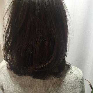 ミディアム かわいい ガーリー 暗髪 ヘアスタイルや髪型の写真・画像