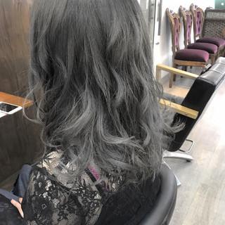 透明感 グレー バレンタイン 外国人風カラー ヘアスタイルや髪型の写真・画像