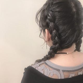 簡単ヘアアレンジ 冬 ミディアム 結婚式 ヘアスタイルや髪型の写真・画像