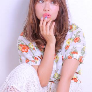 ウェーブ アンニュイ かわいい 色気 ヘアスタイルや髪型の写真・画像