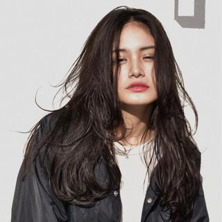 透明感 ストリート ロング ゆるふわ ヘアスタイルや髪型の写真・画像