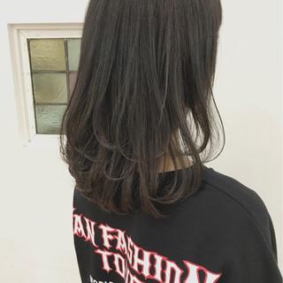 ストリート 大人かわいい ゆるふわ 暗髪 ヘアスタイルや髪型の写真・画像