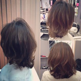 アッシュ ヘアアレンジ ゆるふわ ミディアム ヘアスタイルや髪型の写真・画像