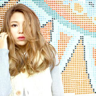 ガーリー 渋谷系 外国人風 セミロング ヘアスタイルや髪型の写真・画像