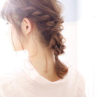 ミディアム ヘアアレンジ デート オフィス ヘアスタイルや髪型の写真・画像