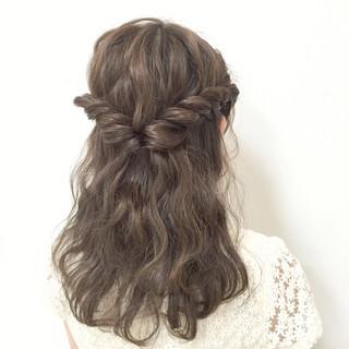 大人かわいい 愛され 編み込み ミディアム ヘアスタイルや髪型の写真・画像