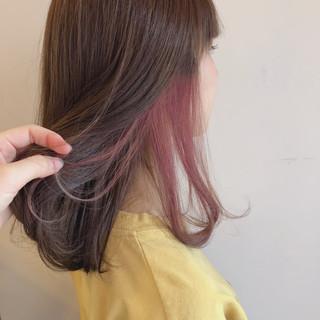 ベリーピンク フェミニン レッド ピンク ヘアスタイルや髪型の写真・画像
