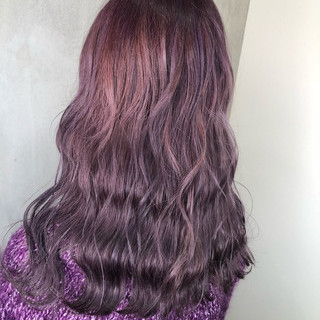 ピンク アンニュイほつれヘア ガーリー アウトドア ヘアスタイルや髪型の写真・画像