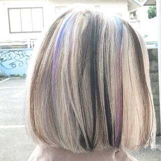 グレージュ ボブ バレイヤージュ ハイライト ヘアスタイルや髪型の写真・画像